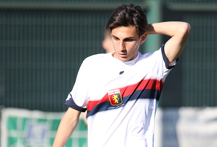 young player of Genoa CFC in 2019 with white jersey